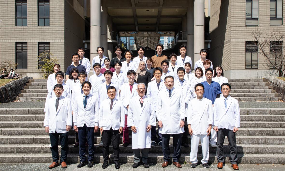 大阪大学泌尿器科学講座 医局 集合写真(2019年10月)